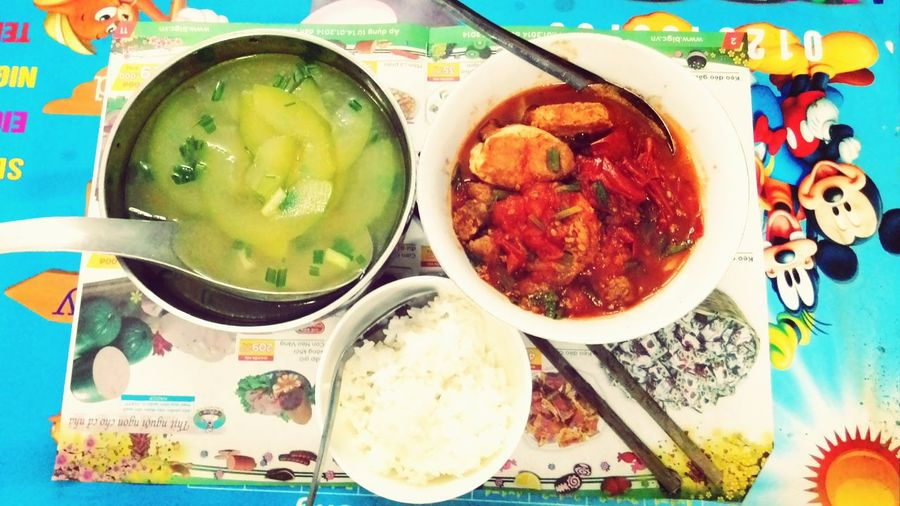 Một mình thì vẫn phải rực rỡ. :))))) The Dinner Alone Student Life Wonderful