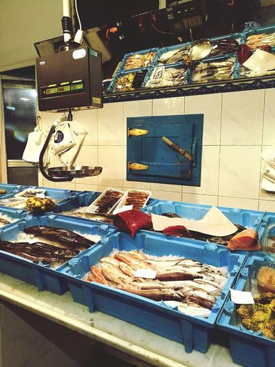 Store Retail  Retail Place Business Finance And Industry Food No People Cosas De La Vida Indoors  Animal Themes Architecture Fish Shrimps Sea Food