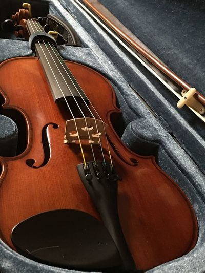 バイヨリン🙃 EyeEm Japanese View Music Musical Instrument String Instrument Arts Culture And Entertainment Musical Equipment String Musical Instrument String Violin Close-up Still Life Classical Music High Angle View