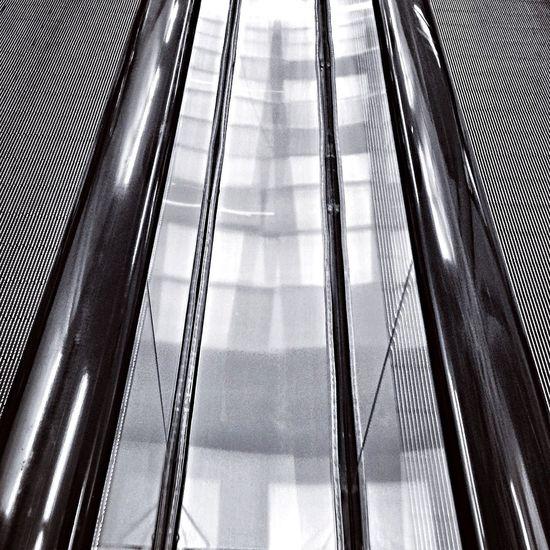 Black & White e Monochrome Treppen Stairs Escaleras Urban Geometry