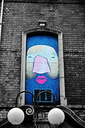 Belfaststreetart Belfast Street Art Mcgaffinphotography BeCreative Colorsplash