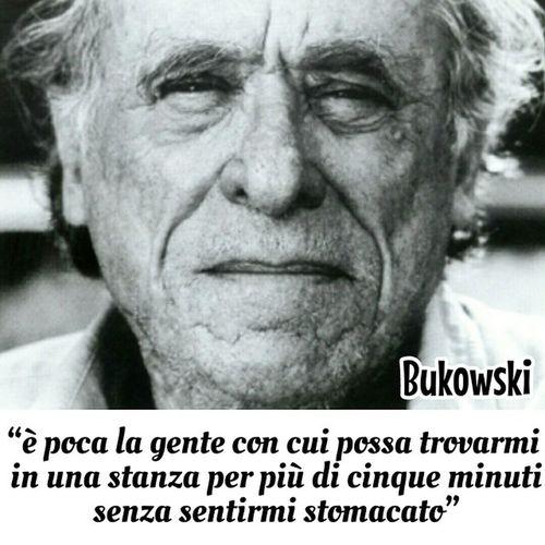 Bukowski , Bük , Buko , Pensieri , vita, ebook, buonasera, igersitalia, meaculpa, charlesbukowski, siamochisiamo, soloperpochi, difficile, solo,
