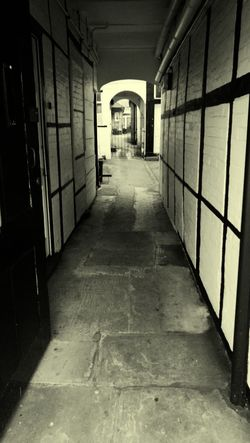 Devizes Alleyway Path Pathway The Way Forward No People HuaweiP9 Huawei P9 Leica Monochrome