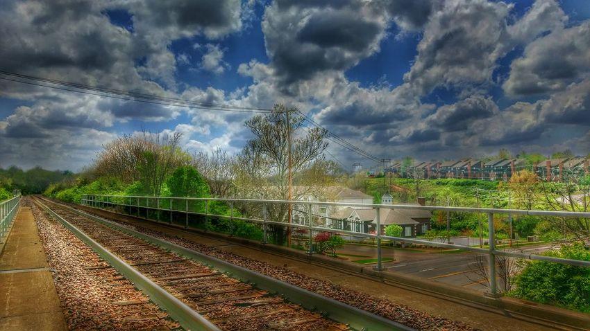 https://youtu.be/VMYAEHE2GrM The Human Connection Visual Poetry Eye Am Nature Leavin' On A Southern Train Musical Photos Bone Thugs N Harmony Crossroads