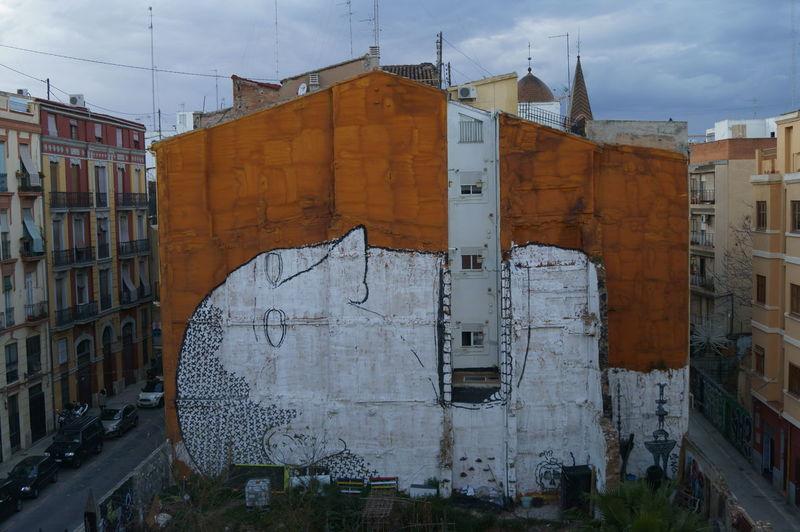 Architecture Building Exterior Built Structure Day Graffiti Graffiti & Streetart Graffiti Art Graffiti Wall Graffitiporn Graffitiworldwide Outdoors Valencia City Valencia Graffiti Valencia, Spain Valenciagrafias Valencia✌