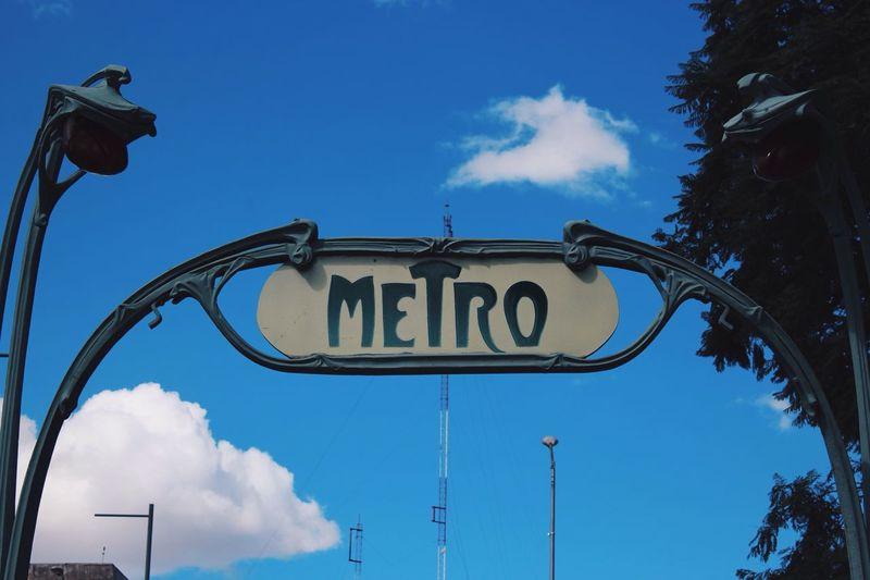 Come inside... 🚇 Metro Cdmx D.F. Mexico Beginnersmx Clickon ViewMx Mexicanoscreativos Canon CanonMexicana Canonista Bellas Artes Alameda Central Paisajedfeño Subway Station Phantogramex Mextagram Mexigers Mexico City