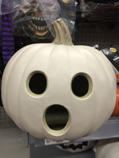 Boo! Good Morning dear Friends ❤ Have A Nice Day♥ Atumn Colors Halloween Pumpkin 🎃👻 he said geeellloooooo allll wriends gir Ee 👈🏻😂 funny language