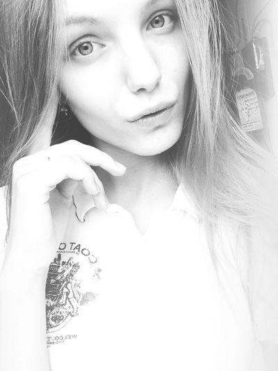 Blackandwhite Beautiful Model Selfie Enjoying Life Popular Hello World Goodday Sexygirl Eye Em Nature Lover 👸🏼👀👄