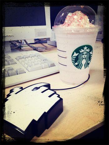 サクラ Blackandwhitebutnot Yummy Milkshake