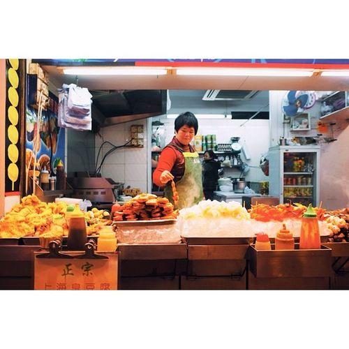 Late night street snack vendor, Mongkok, Hong Kong. Travel Travelphotography Vscocam Ricohgr hongkong latergram