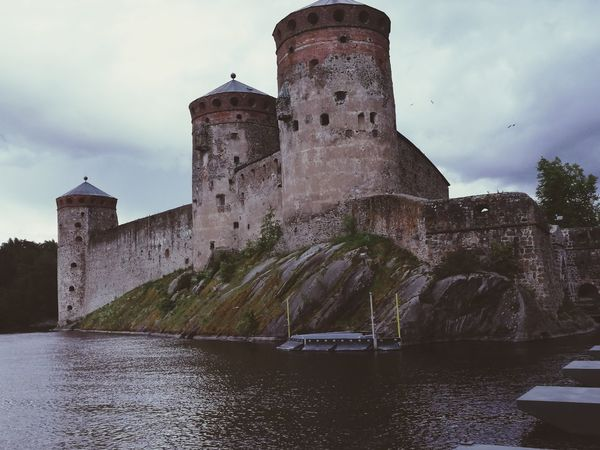 Architecture Cloud - Sky History Castle Building Exterior Sky Fort Built Structure Lake Outdoors No People Water Politics And Government Day EyeEm Team EyeEmBestEdits Savonlinna EyeEm Gallery Savonlinna Finland Savonlinna Opera Festival Finland♥ Finland_photolovers Finland :)