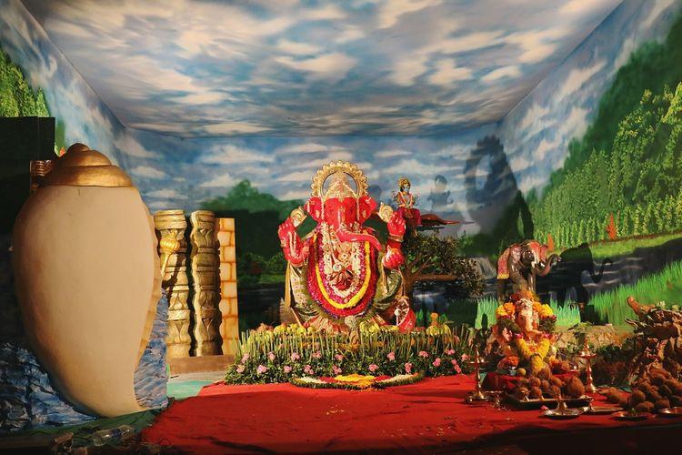 Beautifully Organized Ganpati festive in India Ganpati Ganpatifestival Ganpatidecorations