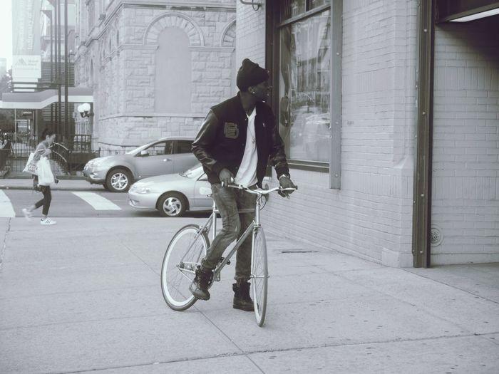 🚴🏾🗽 NYC EyeEm Best Shots - Black + White NYC Photography Panasonic  Lumixgx7 Allysdms Manhattan Monochrome EyeEm Best Shots Bycicle