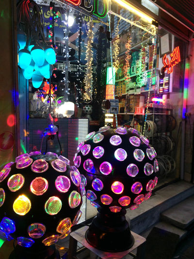 Abundance Business Choice Electric Lamp For Sale Glass - Material Illuminated Indoors  Large Group Of Objects Lighting Equipment Multi Colored Night Nightclub Nightlife No People Retail  Retail Display Shopping Still Life Store Variation