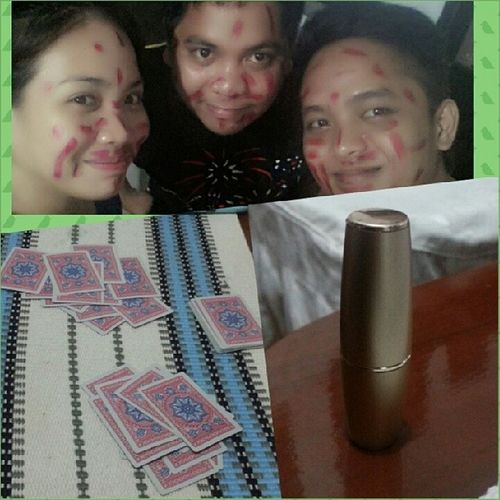 This is how we do our make up... Lipstickwar Funfunfun