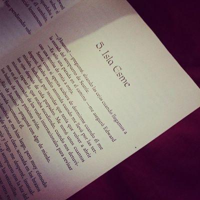 Ya voy en el capítulo 5 yehiii lml ????????????????- Amanecer Crepusculo