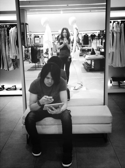 Mirror and me.. Black&white Goodfriends Hanging Out Taking Photos