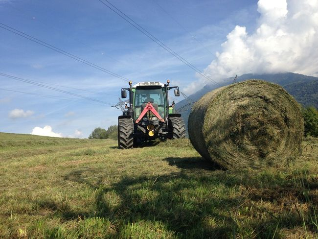 Not made by me. Enjoying Life The Purist (no Edit, No Filter) Farm Life Savoie Landscape Paysages Fendt Tractor Tracteur
