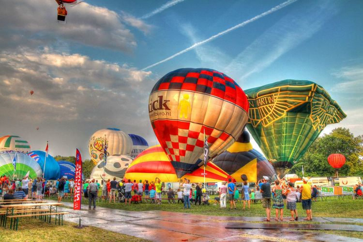 Ballooning Festival Crowd HDR HDR Collection Holland Hot Air Balloon Joure Large Group Of People People Rob Handgraaf Fotografie Sky Travel Destinations