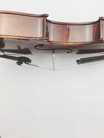 acoustic violin Strings Instrument Music Playing Studio Shot Objects Wooden Classical Music Music Musical Instrument Violin No People White Background Arts Culture And Entertainment Studio Shot Close-up Indoors