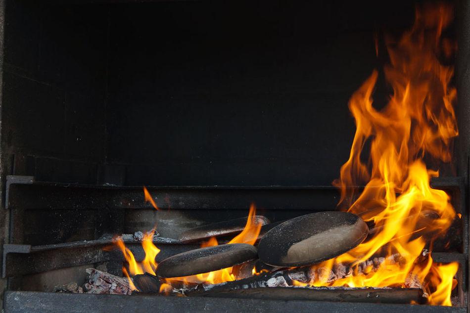 Barbecue Burning Close-up Fire Flame Heat - Temperature No People Panigacci Panigazzi Testi