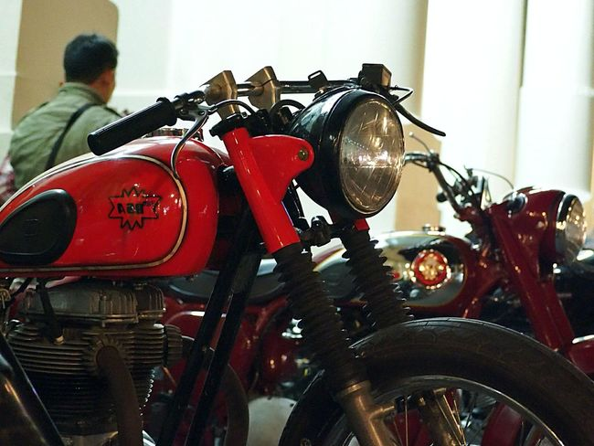 old style but toughness Motorcycle Red City 10
