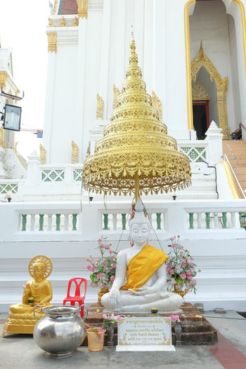 White and Gold Buddha statue front chapel temple Ancient Architecture Art Buddha Buddha Statue Buddhism Building Chapel Front Gold Gold Buddha Statue History Old Outdoor Outdoors Place Of Worship Religion Sanctuary  Sculpture Temple Thai Art Thai Sculpture White White Buddha Statue Worship