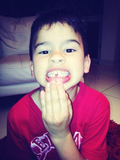 Première dent tombée de mon petit ange, zazou