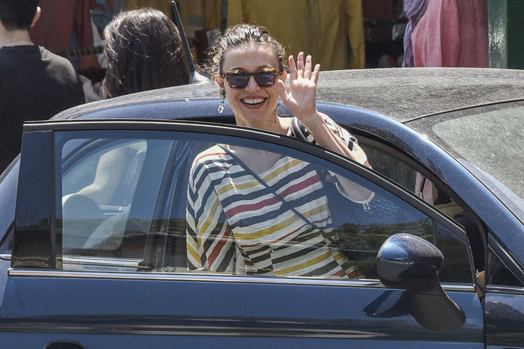 The actress Gabriella Pession and her husband, the actor Richard Flood, in Portofino - Summer 2016 Actor Actress Backgrounds Car Casual Clothing Celebrities Celebrity Celebrity Sighting Couple Gabriella Pession Glass - Material Happiness Italy Kisses Outdoor Photography Portofino Richard Flood Sunglasses Vip