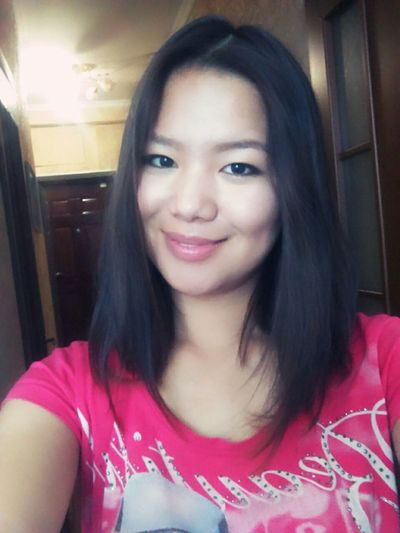 That's Me Amazing Beautiful Girl Modeling Popular Photos Enjoying Life Faces Of EyeEm