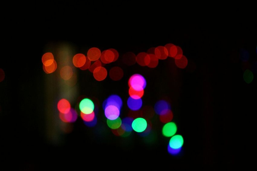 Defocused Night Illuminated Black Background Exploding Christmas Decoration Outdoors No People Spotted Canonphotography Canon700D Bokeheffect Bokeh Background Bokehgraphy Bokeh Photography BokehLove Christmas Lights New Year Lights Bokeh Love Bokeh Lights Bokehphotography Bokeh_kings Light Effect Nightlife