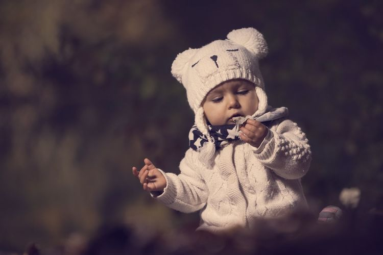 Model: Baby | Sonik-art Sony A7 SEL70200F4G Outdoor Germany Capture One Pro Photoshop Portrait People Breisach Yongnuo