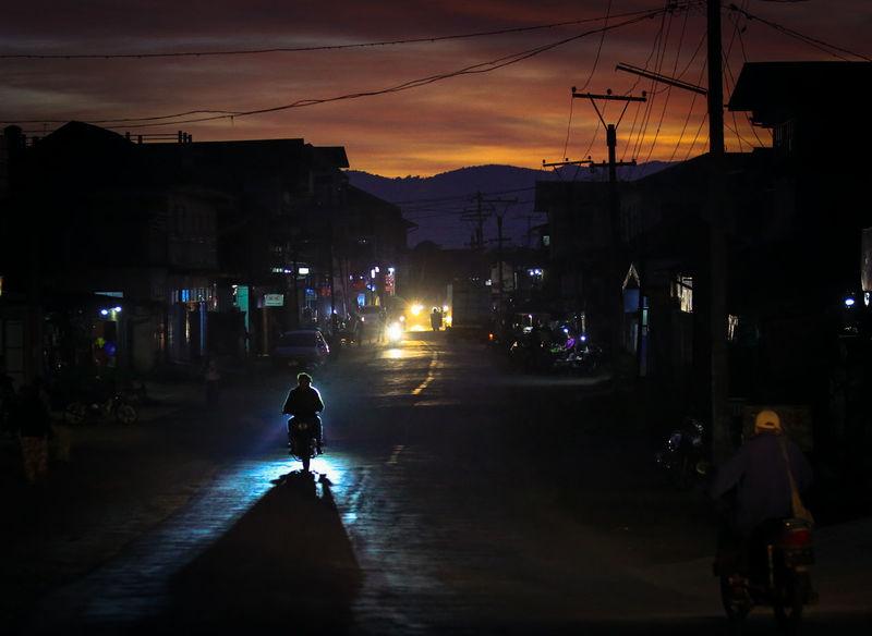 mogok street Silhouette Sky Welcome Weekly
