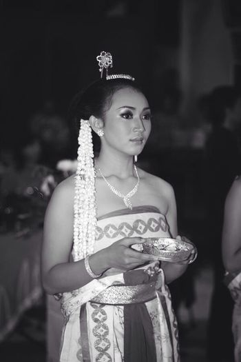 Indonesian traditional dancer Asian Culture Traditional Costume Traditional Dancer INDONESIA Java