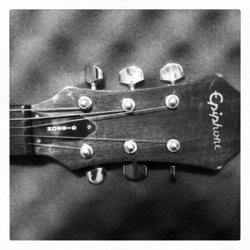 Gibson Bass GibsonBass Ephiphone EphiphoneGuitar 1999 Guitar Fender Like4like Follow4follow JuarezMexico Gerizim Thisisamazinggrace