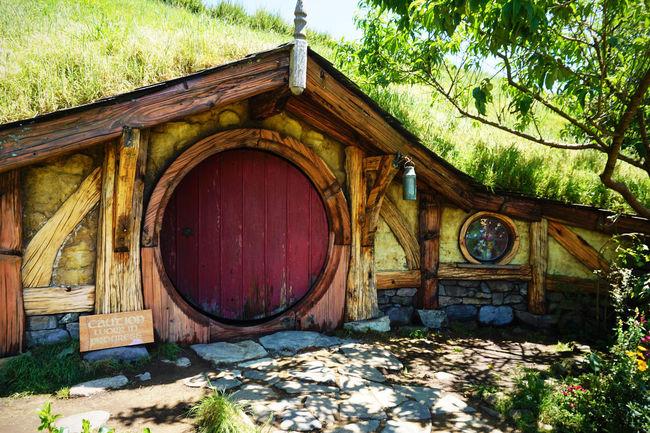 2017 Grass Green Hobbit Architecture Built Structure Day Door Flower Garden House Nature New Zealand Outdoors Tree Wood - Material ニュージーランド ホビット ホビット村 小人