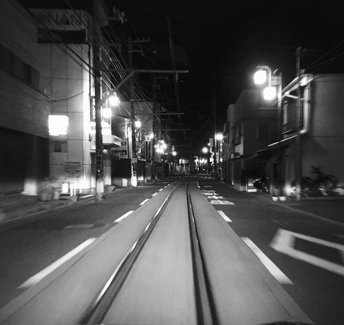 Blackandwhite Black & White Black And White Monochrome 白黒 モノクロ Railway 線路 鎌倉 江の島 江ノ電 夜 Night Kamakura 疾走感