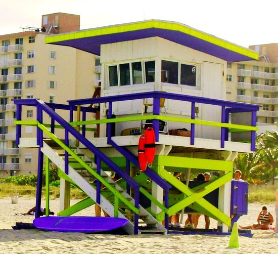 Architecture Building Exterior Built Structure City Day Jungle Gym Lifeguard Hut Monkey Bars Multi Colored No People Outdoor Play Equipment Outdoors Playground Railing Safe In Beach Slide - Play Equipment