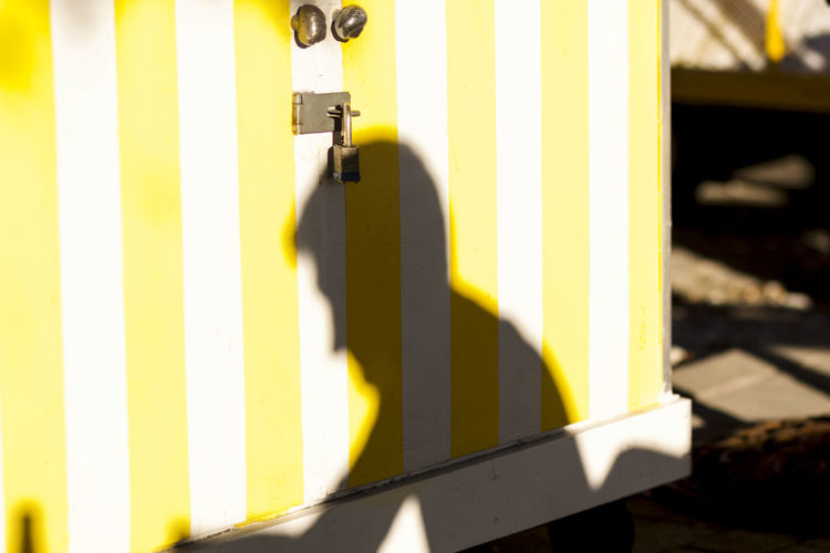 Close-up Day No People Outdoors Shadowplay Shadows & Lights Silhouette Yellow