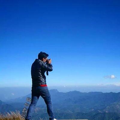 Mt.king mountain 7544.ft Mogok, The highest mountain in Mandalay Division. ေတာင္မည္းေတာင္ Mogok Mogok Mountain Horizon Mandalay Myanmar Burma Igersmyanmar Igersmandalay Burmeseigers Myanmarphotos Vscomyanmar