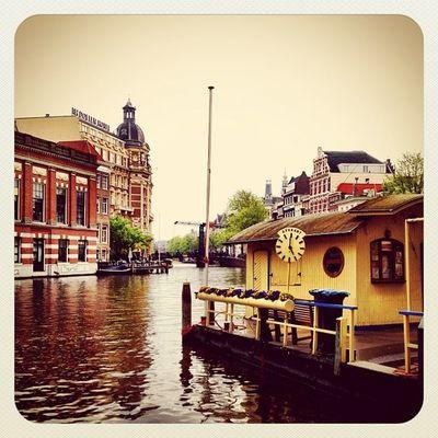 Amstel #Amsterdam #earlybirdlove #ebstyles_gf #jj #jj_forum #dutch #river River Amsterdam Dutch Jj  Earlybirdlove Jj_forum Ubiquography Ebstyles_gf Cityams Ams_eb