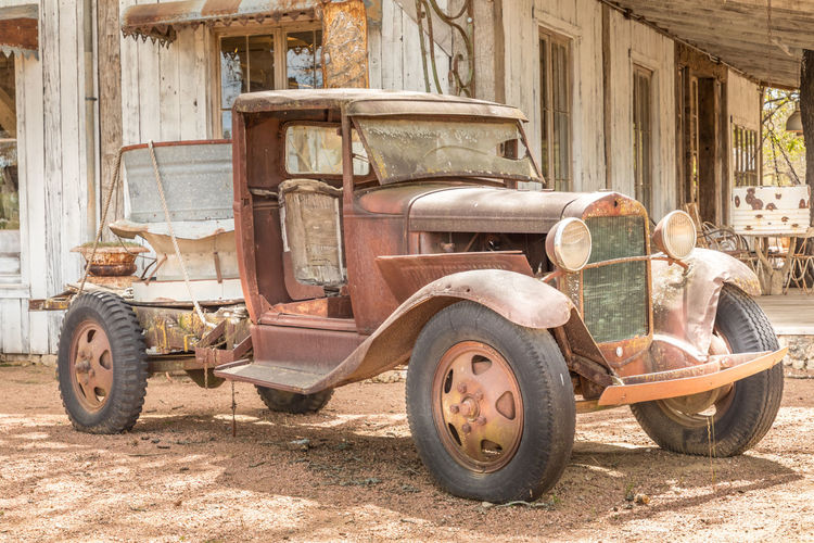 Old rusty truck and an old barn Texas Truck Auto Post Production Filter Automotive Photography Vintage Vintage Car Rusty Rusty Metal Rustygoodness Barn Barn Find Retro Retro Styled Farm Rural Scene Abandoned Abandoned Places Travel Travel Destinations Mode Of Transportation Transportation Land Vehicle Day Obsolete Old Architecture Motor Vehicle Built Structure Car Weathered Run-down Damaged Building Exterior Sunlight No People Deterioration Outdoors Wheel Ruined