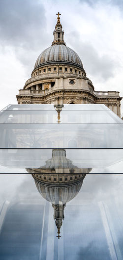St paul cathedral reflecting on glass