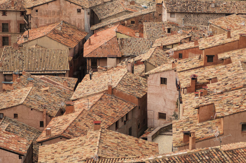 Roofs of Albarracin, Teruel. An arab founded village in Spain ©alexander h. schulz Albarracín Pink Red SPAIN Teruel Alley Arab Architecture Building Exterior Built Structure Community Day Historic Mountains No People Outdoors Roof Stone Tiles Travel Destinations Village