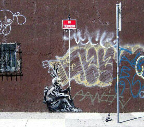 Saying I Love Art Clean chalk murals.