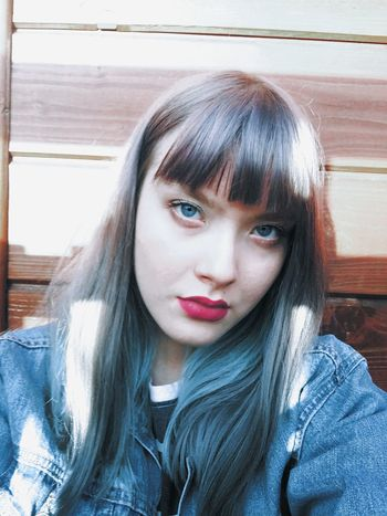 Pastel Hair Grey Hair Blue Eyes Home Wood Hello World My Face Self Portrait Portrait Model Faces Of EyeEm Me Myself Selfportrait