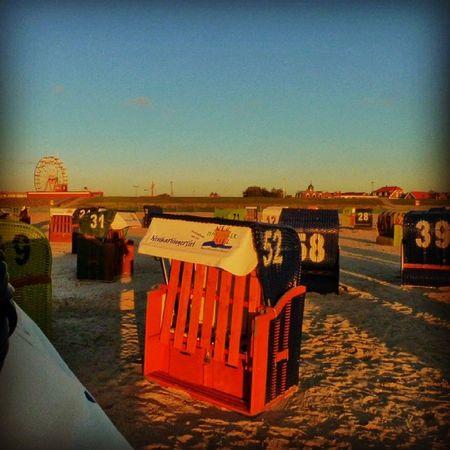 Neuharlingersiel Nordsee Abend Sonne strandurlaubstrandkorb
