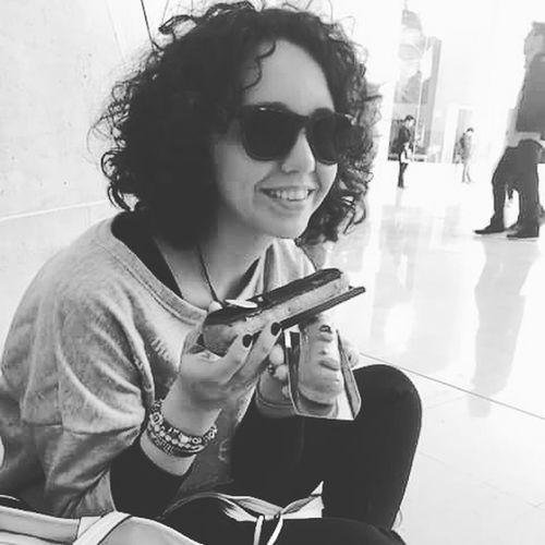 Delicius♥ Louvre Museum Maisonduchocolate Caramel Coffeeandchocolate Smiling Portrait Sitting Happiness Blackandwhite Photography Beautifulweekend Paris ❤ 2017 Aroundtheworld