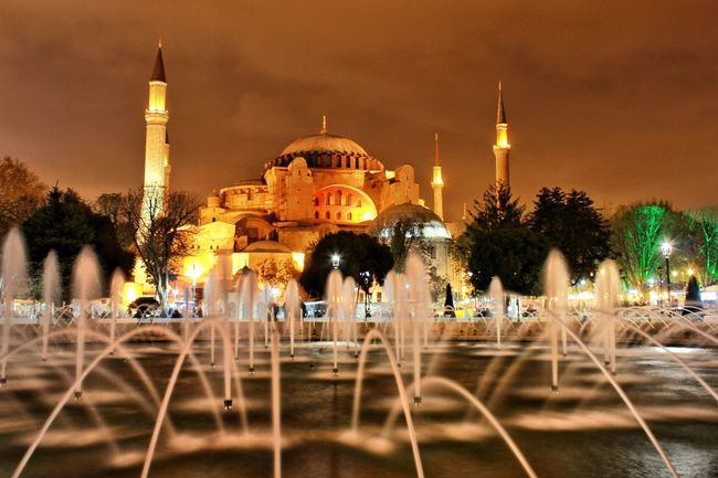 Ayasofya (Hagia Sophia) Ayasofya Ayasofyacamii Ayasophia AyasofyaMuseum Ayasofya Museum Sultanahmet Türkiye Turkey Night Light Night Lights Holiday Paradise Black Ufuk Colors City Old Cami Blue Art Panoramic Panorama Cities At Night