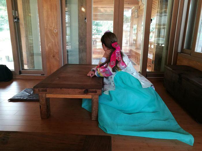 Traditional Clothing One Person Indoors  Period Costume Kdrama Korean Traditional Architecture Yongin Korea Hanbok Korea Moomembracingthesuncafe